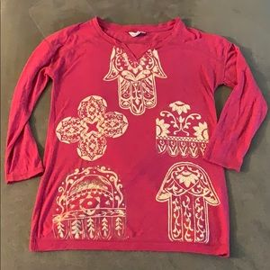 Lucky Lotus Size Small 3/4 Length Tee